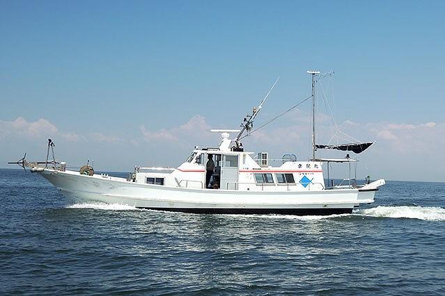 大牟田市三池港 海釣り 大きな船 幸龍丸