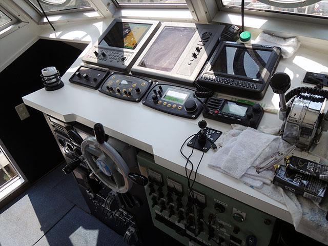 大型クーラー 船体紹介 大牟田市三池港 海釣り 大きな船 幸龍丸